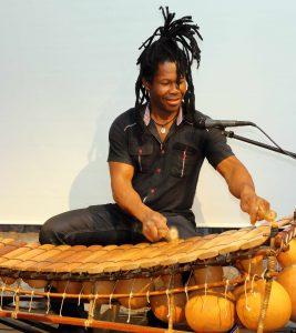 """Afrika-Veranstaltung des Brensbacher Vereins """"Wir sind eine Welt"""" in der Alten Post in Brensbach am 04.10.2015"""